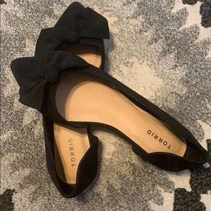 ⚫️ black flats ⚫️